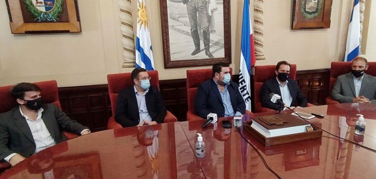 El Intendente Nicolás Olivera se reunió con el ministro de Turismo, Germán Cardoso